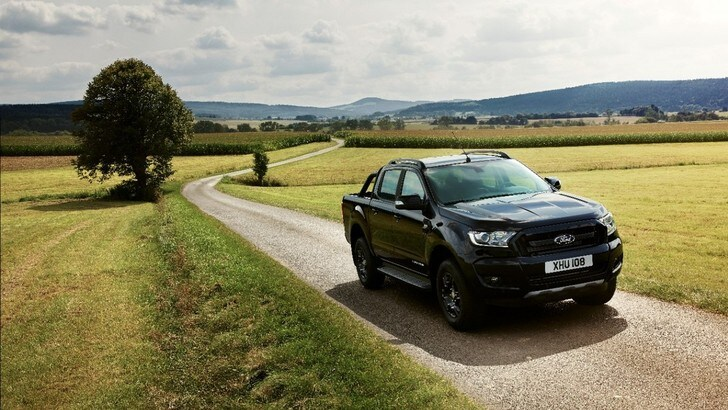 Ford Ranger, la Black Edition debutta a Francoforte