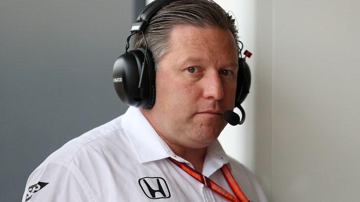 F1, dalla McLaren: «Alonso resta con il motore Renault»