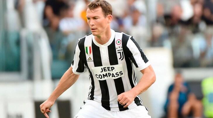 Calciomercato Juventus, Lichtsteiner via? La vecchia guardia vale ancora