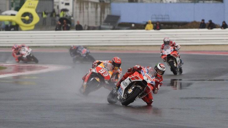 MotoGp Ducati, Lorenzo: «Mi dispiace, pensavo di vincere»