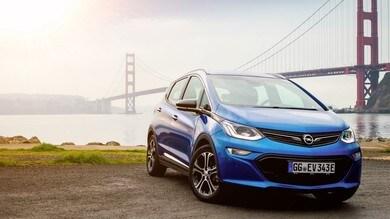 """Opel, la Ampera-e percorre 750 km con un """"pieno"""" di corrente"""
