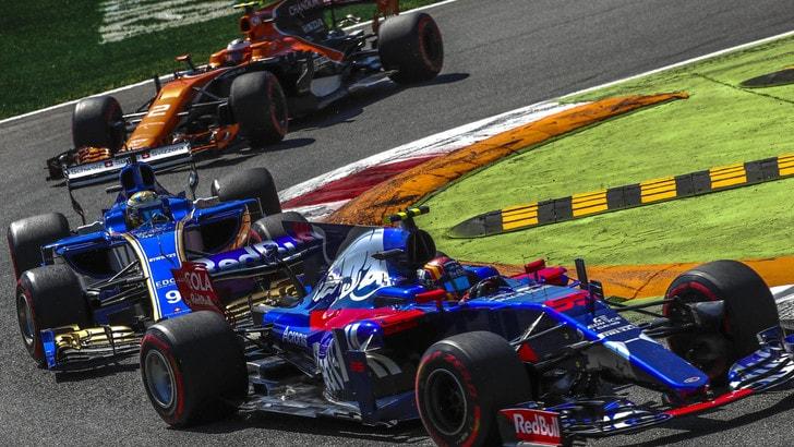 F1 Toro Rosso, Sainz: «Singapore sarà una gara faticosa»