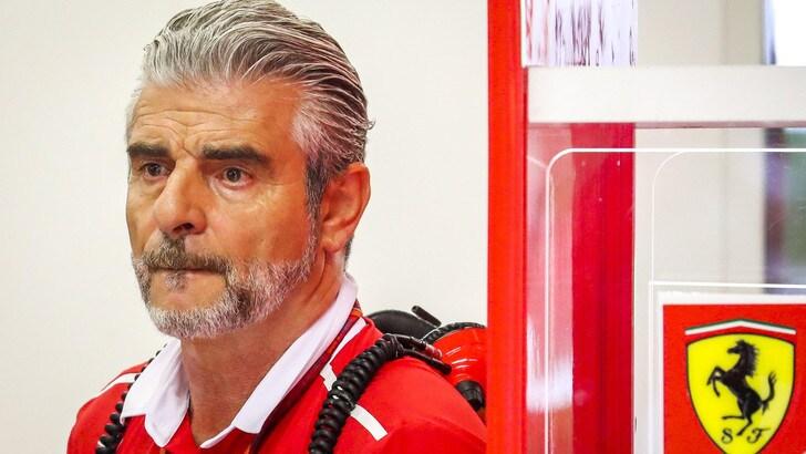 F1 Singapore, Arrivabene: «Piedi per terra perché la gara è domani»