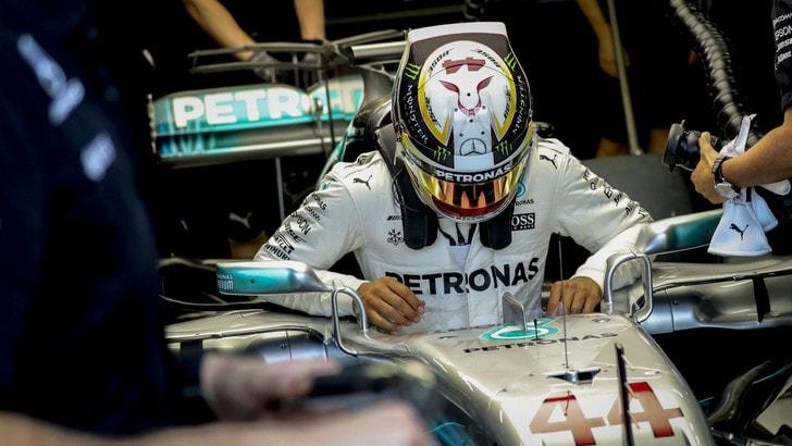 F1 Singapore, Hamilton: «Frustrante partire in quinta posizione»