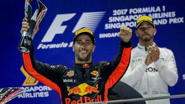 F1 Gp Singapore, Ricciardo: «Ne aveva di più la Mercedes»