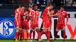 Bayern, tre gol allo Schalke: James Rodriguez incanta