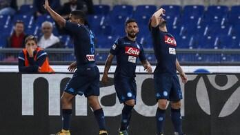 """Lazio-Napoli, Mertens super: segna e si """"beve"""" un bicchiere"""