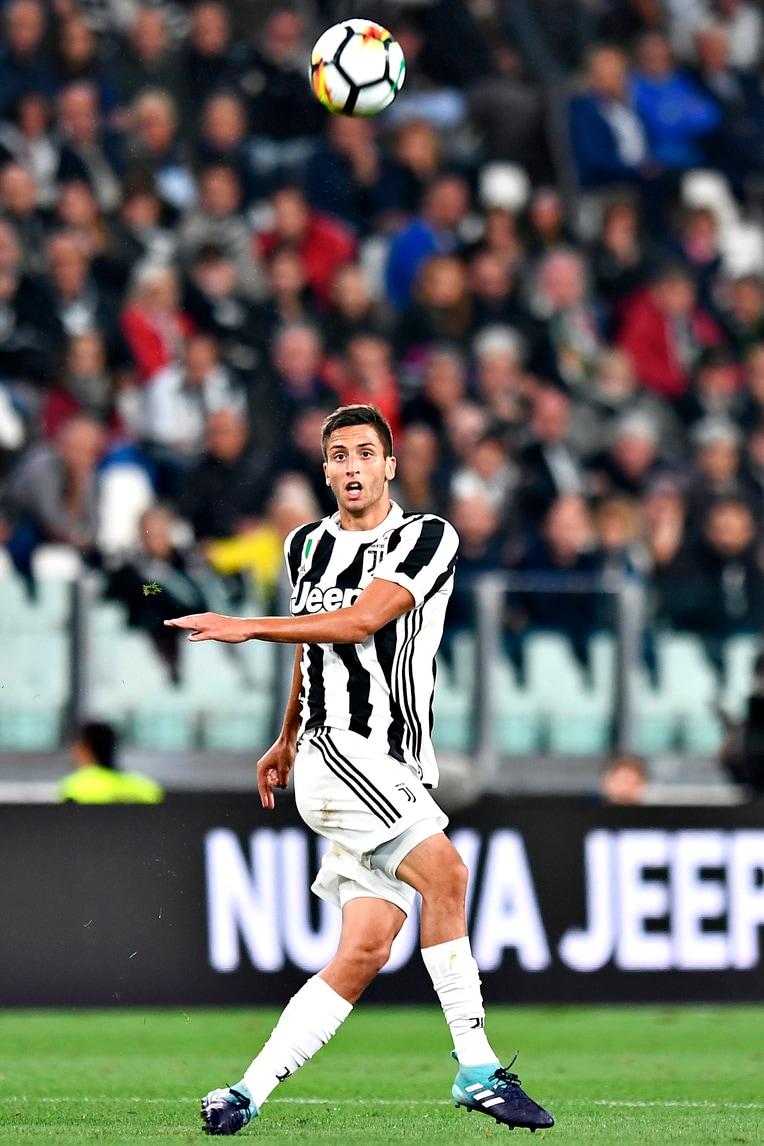 Juventus, Bentancur talento universale: 10 giocatori a cui è stato accostato