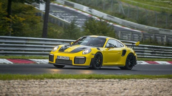Porsche 911 GT2 RS, al Nurburgring comanda lei