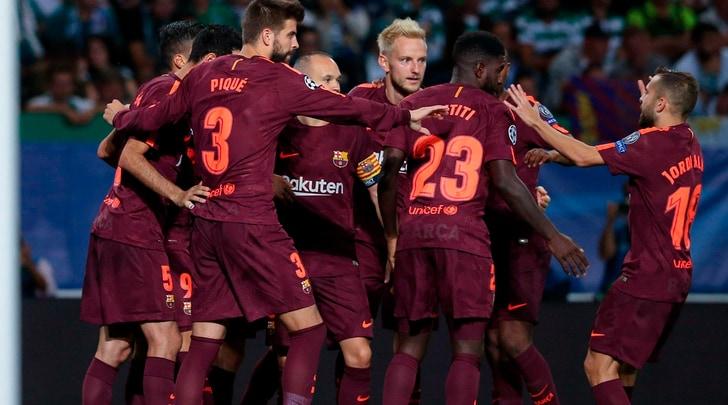 Champions League, al Barça basta un autogol. Gioia Conte al 94', il Psg domina il Bayern