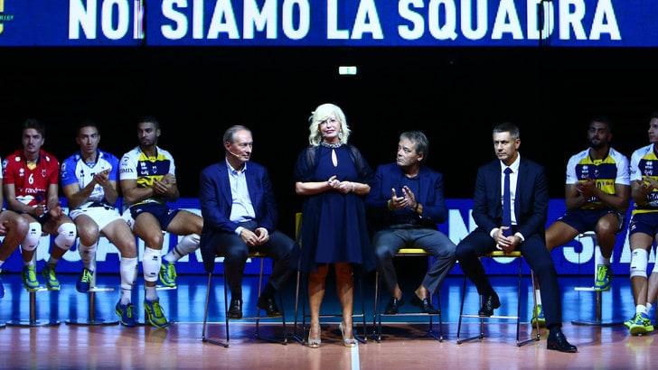 Modena presenta la nuova squadra. E' bagno di folla e buoni propositi