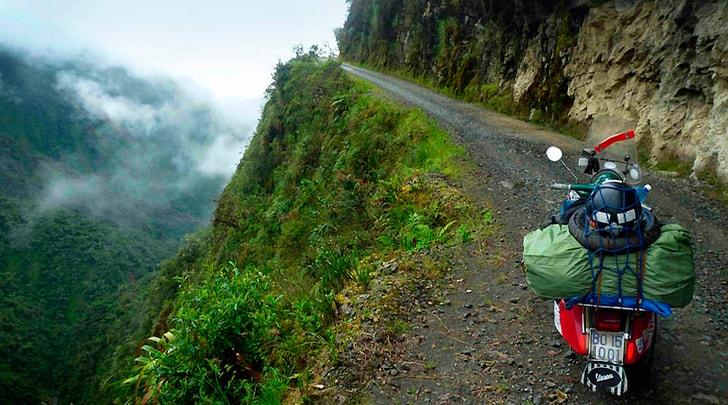 Il mondo a due ruote: viaggio nel globo con una Vespa del '68