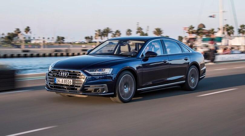 Audi A8, prova su strada della quarta generazione