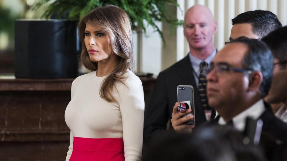 La first lady statunitense in versione osé alla cerimonia organizzata per omaggiare il contributo di ispanici e latino-americani alla cultura americana