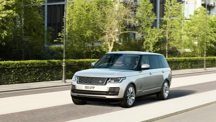 Range Rover, debutta la ibrida plug-in