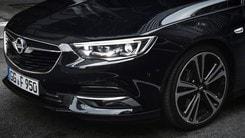 Opel, con i fari IntelliLux la notte si fa giorno