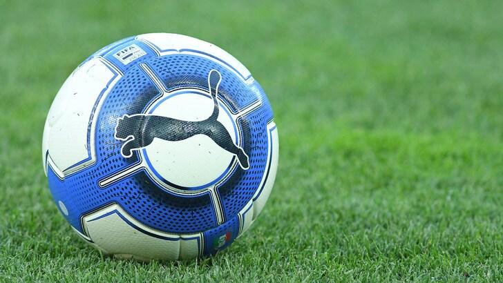 Serie C, fuga Lecce. Il Catania perde il derby con la Sicula Leonzio
