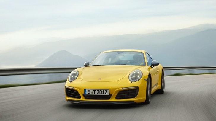 Porsche 911 Carrera T, puro piacere di guida