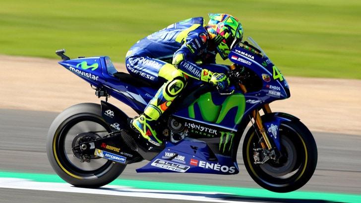 MotoGp, Rossi: «Rientro prodigioso», ora corre per i Laureus