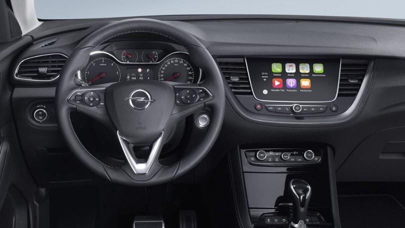Tecnologia di bordo, i sistemi di infotainment Opel