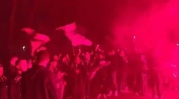Roma, scontri tra i tifosi del Nizza e la polizia a Villa Borghese