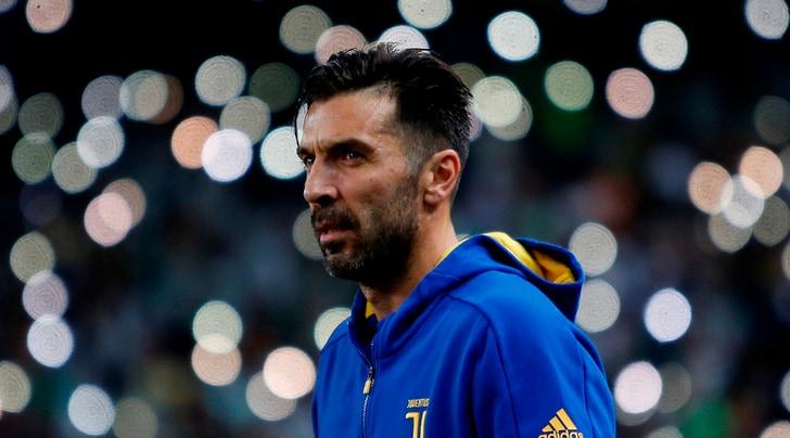 Juventus, Buffon è pronto a raggiungere Maldini
