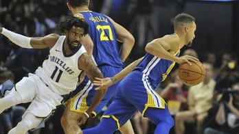 NBA, Conley affossa i Clippers. Warriors straripanti