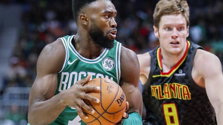 NBA, Celtics e Warriors ok in rimonta.  Crollo per Clippers e Hawks