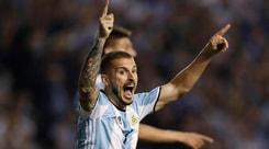 Argentina, rottura del crociato per Benedetto. Si riaprono le porte per Higuain?