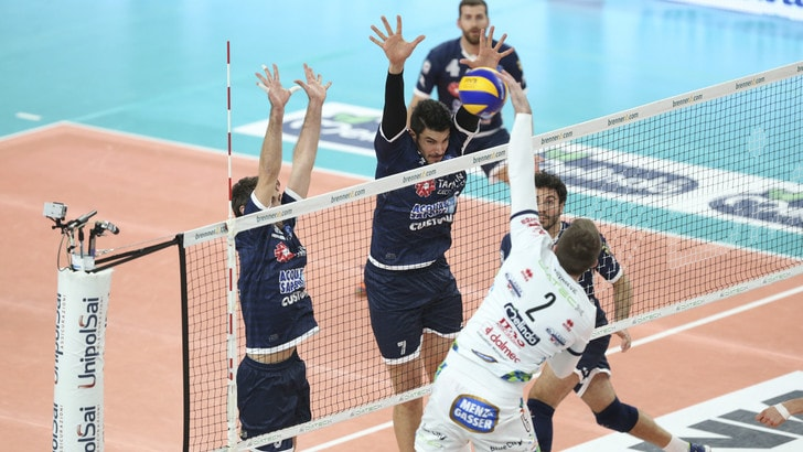 Volley: Superlega, Trento batte Latina in rimonta