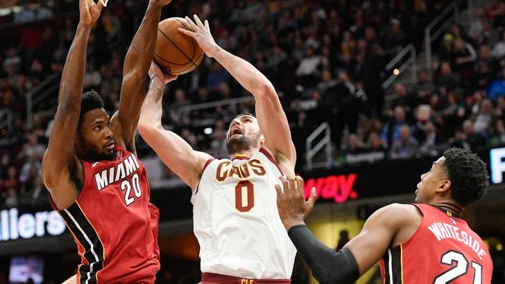 NBA: Lebron viene espulso, ci pensa Kevin Love