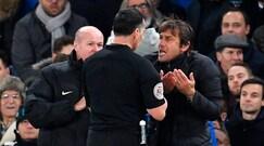 Chelsea, Conte furioso col quarto uomo: l'arbitro lo espelle