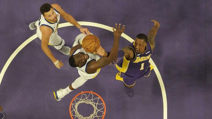 Curry gela i Lakers, Thunder ancora ko