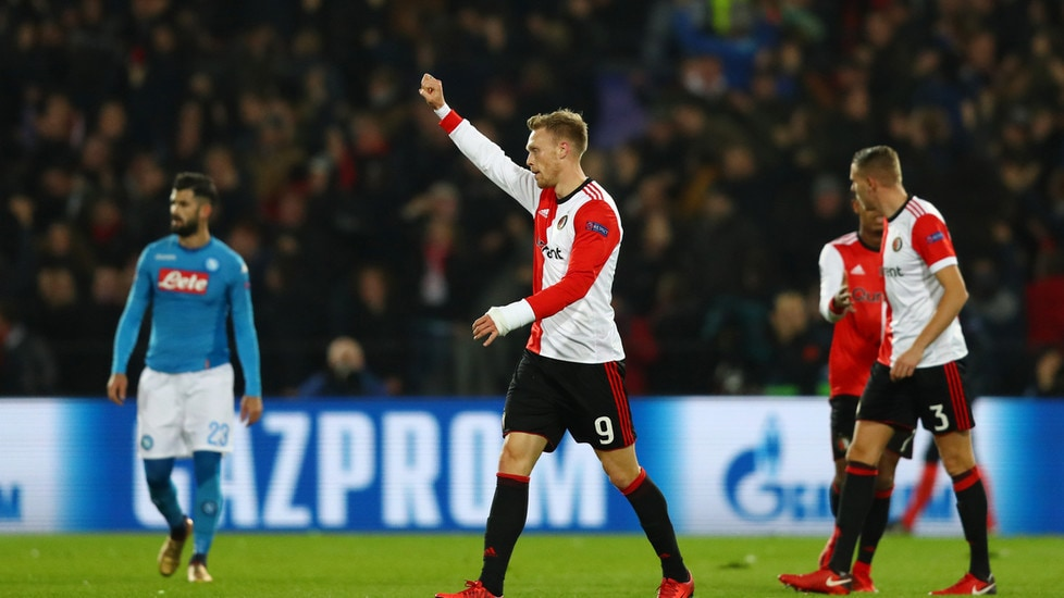 Le istantanee del match a Rotterdam:azzurri in vantaggio con Zielinski, ma si fanno rimontare dalle reti di Jorgensen e St. Juste e retrocedono in Europa League