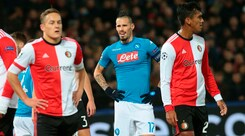 Champions League, Feyenoord-Napoli 2-1: Sarri retrocesso in Europa League