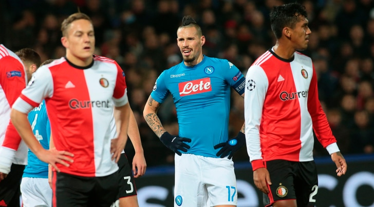 Champions League, Feyenoord-Napoli 2-1: Sarri retrocesso in Europa League