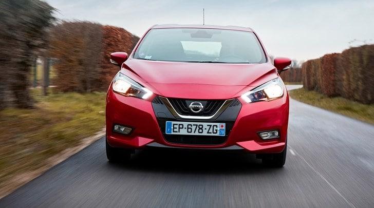 Nissan Micra, la prova della 3 cilindri per neopatentati