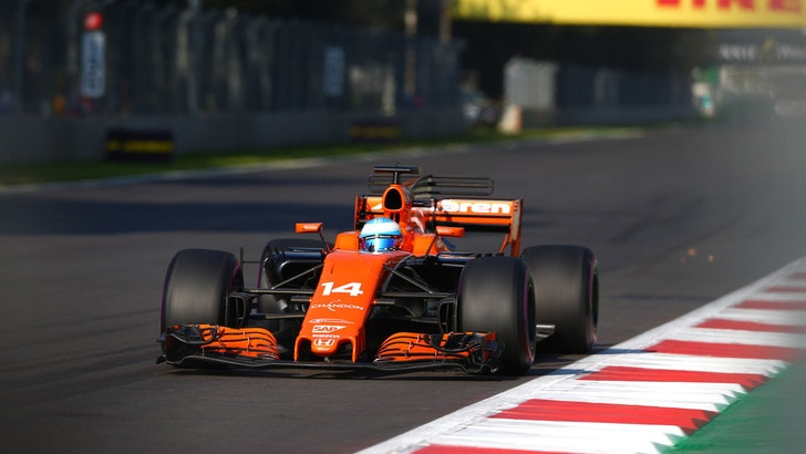 F1, Brown: «Alonso, resta in McLaren»