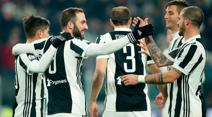 Coppa Italia, Juventus-Genoa 2-0: Dybala e Higuain si regalano i quarti con il Torino