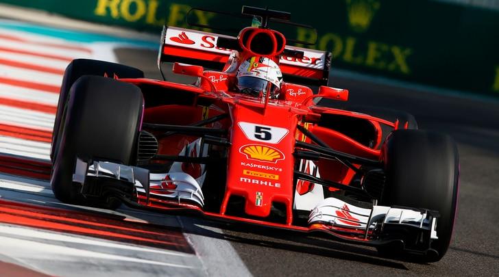 F1, gli auguri della Ferrari: «Pronti a dare il massimo nel 2018»