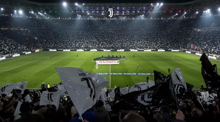 Presenze stadi Serie A, spettatori in aumento: più dieci per cento