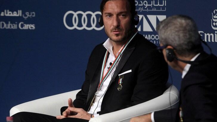 Serie A Roma, Totti: «Non penso di fare l'allenatore»