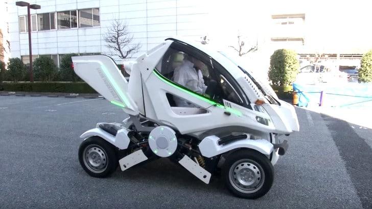Earth-1, l'auto pieghevole si parcheggia ovunque