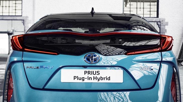 Toyota stop al diesel: fuori dai listini dal 1° gennaio