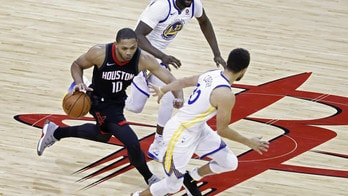 Curry sbanca Houston, Westbrook ferma i Clippers