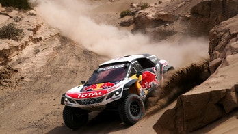 Dakar, la quarta tappa e di Sébastien Loeb