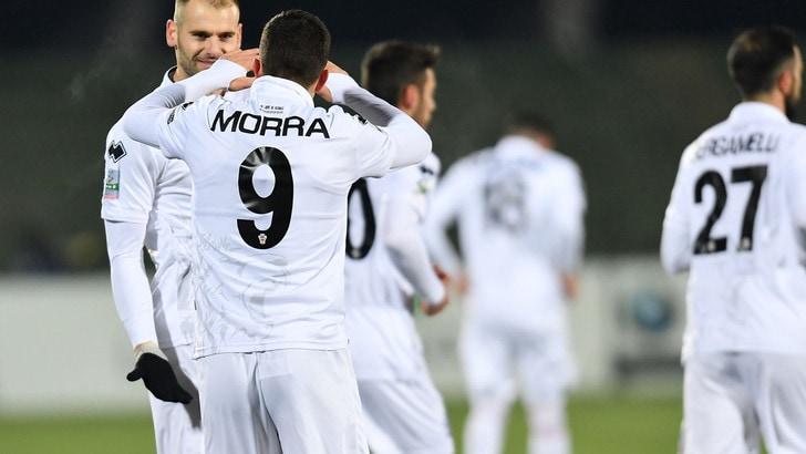 Serie B, Pro Vercelli-Novara 0-0. L'Entella crolla a Cesena