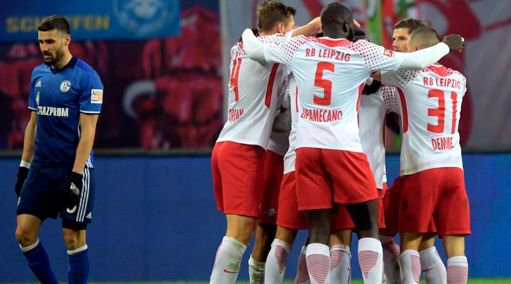 Bundesliga, Lipsia-Schalke 3-1: debutto ufficiale per Pjaca