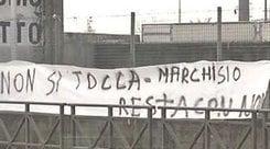 Striscione dei tifosi a Vinovo: «Marchisio, resta alla Juventus»