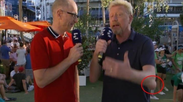 Boris Becker, ma cosa è successo al gomito?